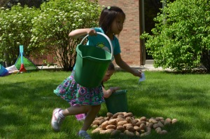 Grab a number and collect the specified amount of potatoes in bucket!